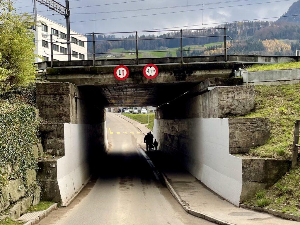Fahrschule Marty Nothelferkurs Frage Unterdorfstrasse Pfäffikon SZ